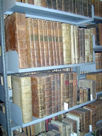 Księgi w archiwum